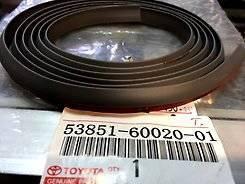 Резинка уплотнительная со скотчем черная длина 1,70м ширина 1.0см