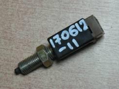 Концевик педали тормоза 25300-62J00, Nissan Expert, VNW11, QG18DE.