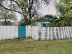Продам очень недорогой дом в с. Троицкое. Школьная, 3, р-н центр села, площадь дома 28 кв.м., скважина, электричество 20 кВт, отопление твердотопливн...