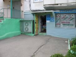 Продовольственный магазин. Улица Блюхера 2, р-н пгт.Славянка, 98 кв.м. Дом снаружи