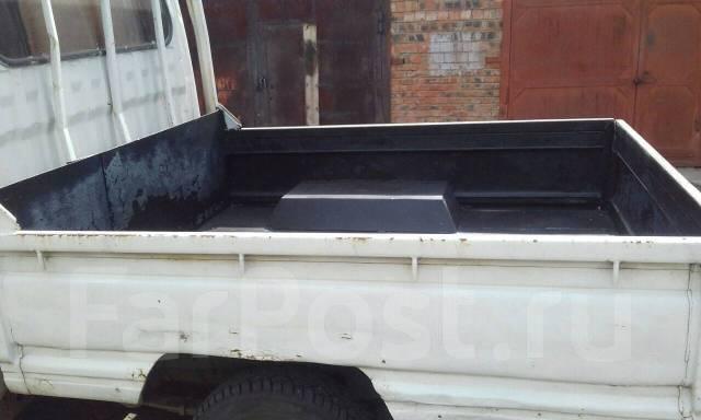 Nissan Atlas. Продаётся грузовик , 2 700 куб. см., 1 000 кг.