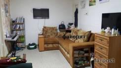 2-комнатная, улица Адмирала Кузнецова 60. 64, 71 микрорайоны, агентство, 45 кв.м. Комната