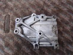 Крепление компрессора кондиционера. Mitsubishi Dion, CR6W Двигатель 4G94