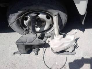 Бачок стеклоомывателя. Toyota Altezza