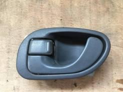 Ручка двери внутренняя. Mitsubishi Delica, PF6W, PD5V, PD4W, PE8W, PB6W, PA5W, PA5V, PA3V, PB4W, PC5W, PD8W, PD6W, PA4W, PC4W, PF8W, PB5W, PB5V, PE6W...