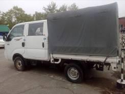 Kia Bongo III. Продается Kia Bongo, 2012, 2 900куб. см., 1 000кг., 4x4