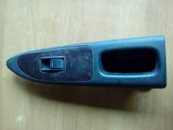 Кнопка стеклоподъемника передняя R, Toyota Avensis ST220, 97-03, правая