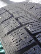 Bridgestone Blizzak Revo GZ. Зимние, 2013 год, износ: 5%, 2 шт