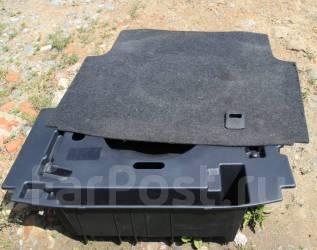Ванна в багажник. Toyota Crown, GRS182 Двигатель 3GRFSE