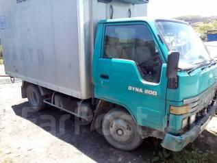 Toyota Dyna. Продам Toyota DYNA, 3 660 куб. см., 2 000 кг.