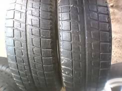 Bridgestone Blizzak Revo2. Зимние, без шипов, 2011 год, износ: 40%, 2 шт