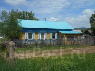 Продам в центре с. Абражеевка жилой дом с участком. С. Абражеевка, р-н Черниговский, площадь дома 41 кв.м., скважина, электричество 5 кВт, отопление...
