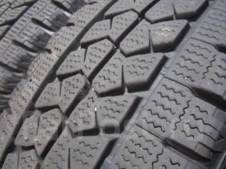 Bridgestone Blizzak W979. Зимние, без шипов, 2015 год, износ: 10%, 4 шт