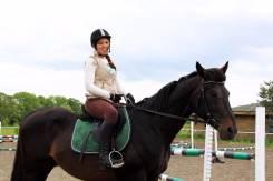 Занятия верховой ездой, обучение верховой езде, конный спорт