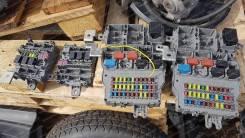 Блок предохранителей салона. Honda Legend, KB1, KB2, DBA-KB1 Двигатели: J35A8, J35A