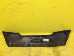 Накладка крышки багажника. Nissan X-Trail, T31