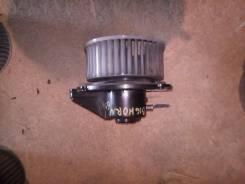 Мотор печки. Isuzu Bighorn, UBS69DW, UBS69GW