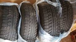Продаю 4 шины 235/65/17 за 2000 руб