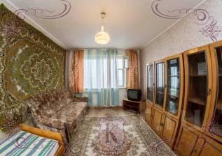 2-комнатная, улица Адмирала Кузнецова 88. 64, 71 микрорайоны, агентство, 52 кв.м.