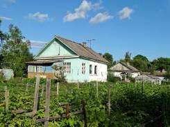 Продам теплый дом!. Алтайская, 33, р-н перед Партизанском, площадь дома 50 кв.м., скважина, электричество 15 кВт, отопление твердотопливное, от агент...