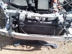 Рамка радиатора. Toyota Prius, ZVW30, ZVW30L