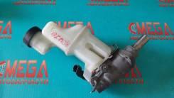 Цилиндр главный тормозной. Toyota Kluger V, ACU20, MCU25, MCU20, ACU25 Двигатели: 2AZFE, 1MZFE