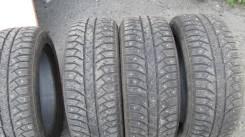 Bridgestone Ice Cruiser 7000. Зимние, шипованные, 2014 год, износ: 10%, 4 шт