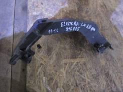 Крепление фары. Hyundai Elantra