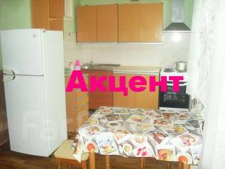 3-комнатная, улица Адмирала Кузнецова 54. 64, 71 микрорайоны, агентство, 56 кв.м.