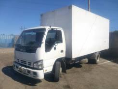 Isuzu NQR. Продается грузовик , 5 200 куб. см., 4 000 кг.