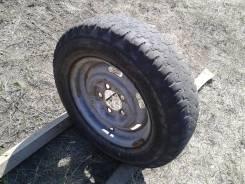 Одно колесо 165R13 на Москвич (сверловка 5*114)