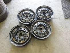 Nissan. 6.0x15, 4x114.30, ET45, ЦО 67,1мм.