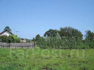 Земельный участок в географическом центре города. 800 кв.м., собственность, электричество, от агентства недвижимости (посредник)