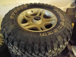 Продам новую грязевую резину на литых дисках. ET-15 ЦО 108,5мм.