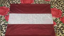 Флаг Латвии. Во в Владивостоке.