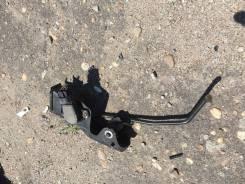 Концевик под педаль тормоза.