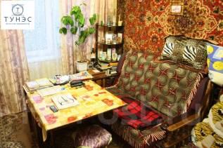 Гостинка, улица Надибаидзе 34. Чуркин, агентство, 17 кв.м. Вторая фотография комнаты