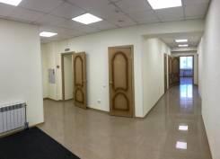 Помещение в центре с свежим ремонтом, личным паркингом. 245 кв.м., улица Тургенева 49, р-н Центральный