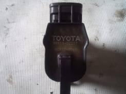 Катушка зажигания. Toyota: Ipsum, RAV4, Camry Gracia, Vista Ardeo, Hiace, Hilux, Land Cruiser Prado, Dyna, Coaster, Toyoace, Corona, T100, Avensis, Ca...