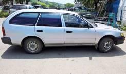Toyota Corolla. механика, передний, 1.3, бензин