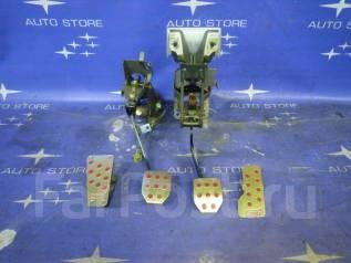 Накладка на педаль. Subaru Forester, SG5, SG, SG9, SG9L Двигатели: EJ20, EJ201, EJ203, EJ202, EJ25, EJ255, EJ205, EJ204