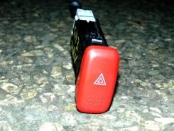 Кнопка включения аварийной сигнализации. Honda HR-V, GH3 Двигатель D16A