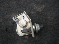 Замок топливного бака. Toyota Hilux Surf, LN130G, LN130W