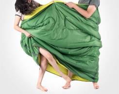 Спальные мешки.