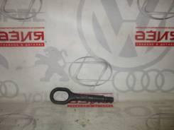 Крюк буксировочный VAG Volkswagen Touran 1T1