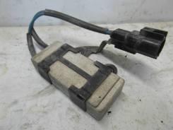 Резистор вентилятора охлаждения. Toyota: Corolla, Corolla Fielder, Allex, Corolla Runx, Corolla Spacio