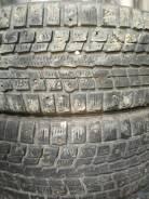 Dunlop SP Winter ICE 01. Зимние, шипованные, износ: 40%, 2 шт