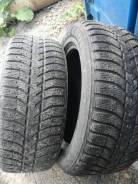 Bridgestone Ice Cruiser. Зимние, шипованные, износ: 30%, 2 шт