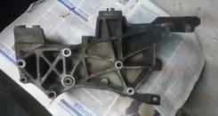Крепление генератора. Audi A4 Двигатель ADP