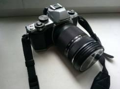 Olympus OM-D E-M10 Kit. 15 - 19.9 Мп, зум: 14х и более